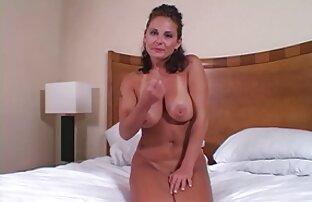 Consolador puta rellenando su porno amateir latino coño. (¿Alicia Angel?)