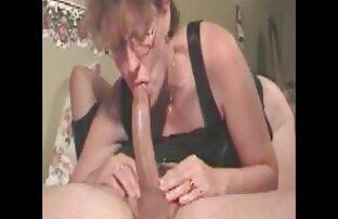 Celeste es inmovilizada por una apasionada chica con amateur latino casero chica oral