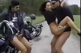 ¡Las emociones públicas de las chicas amateur de theSandfly! amateur sexo latino