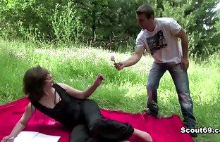 Hottie Saki potno amateur latino Aoyama chica asiática dando mamada y follando