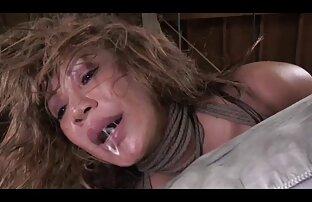 Perra de amateur latino videos prisión recibe una perforación anal dura por el tornillo