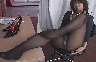 Caliente amateurlatinovip sexy pelirroja fumar sexo